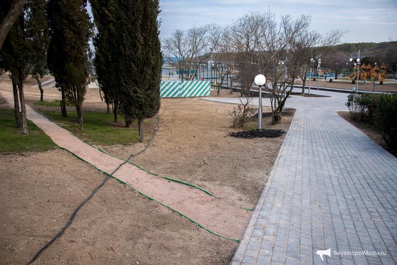 park-imeni-anny-ahmatovoj-v-sevastopole011