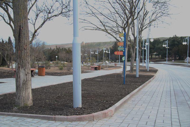 park-imeni-anny-ahmatovoj-v-sevastopole021