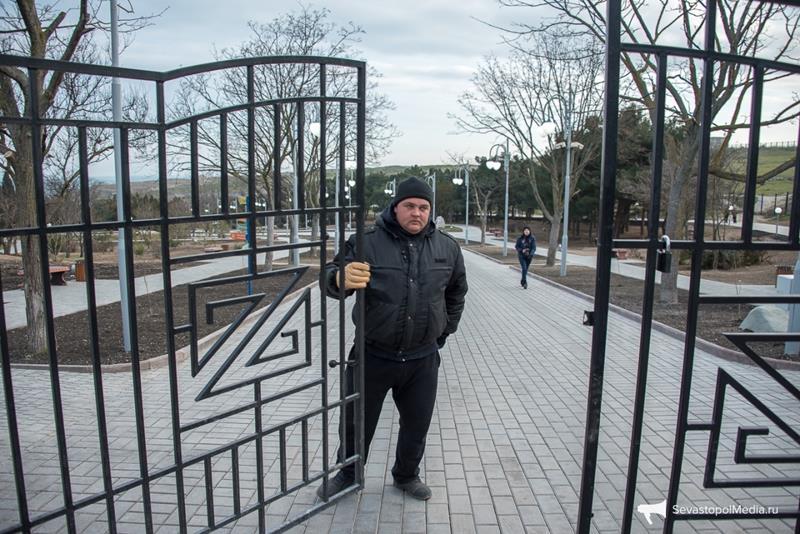park-imeni-anny-ahmatovoj-v-sevastopole024
