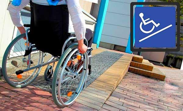 Севастопольский инвалид - колясочник в суде требует обеспечить доступность парка Ахматовой