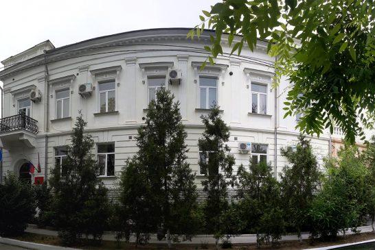 Не пора липоднять вопросо реорганизации и сокращении количества специалистов Департамента образования города Севастополя?