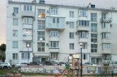 Жильцы дома 26 по улице Вакуленчука жалуются, что их двор превратился в