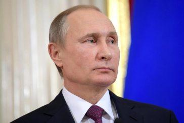 Путинподписал указ о проведении 22 апреля общероссийского голосования по изменениям в Конституции, которые дают ему возможность вновь баллотироваться в президенты РФ в 2024 году