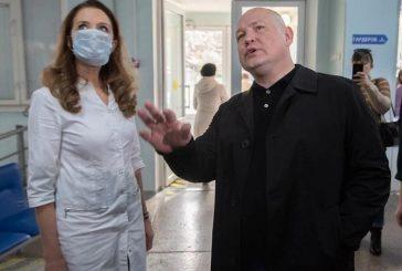 В Севастополе выявлен еще один больной коронавирусной инфекцией. «Я так и не понял, каким образом, у нас люди с осложнением ОРВИ напралялись в больницу Даши Севастопольской и 4-ю больницу», – удивился Развожаев