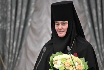 Награжденная Путиным монахиня из РПЦ сменила уже четыре «Мерседеса»