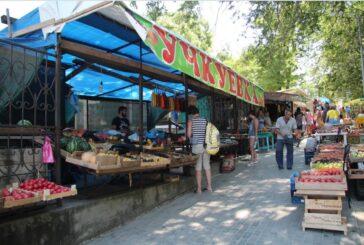 Кто посилен убрать незаконную торговлю в Севастополе?